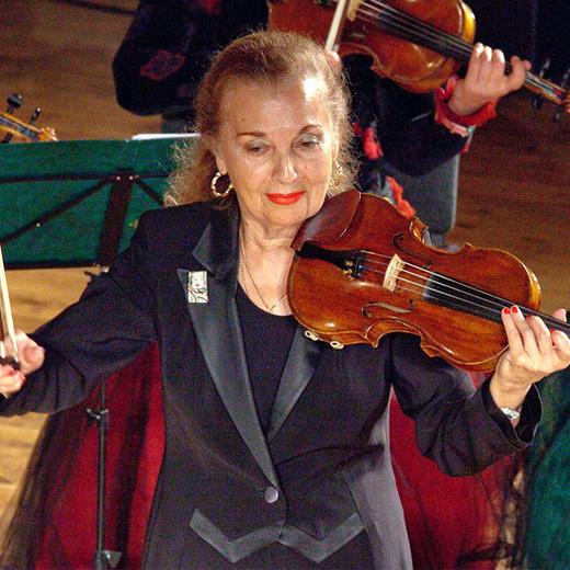 «Вивальди-оркестр»-  в его составе только представительницы прекрасного пола