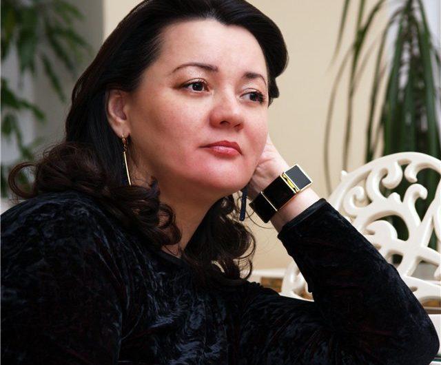 Лариса Шиянова